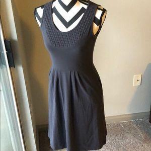 Lucy sleeveless dress